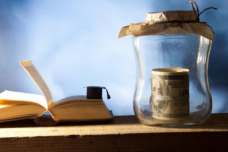 Jak oszczędzać na książkach + recenzja mojego kindl